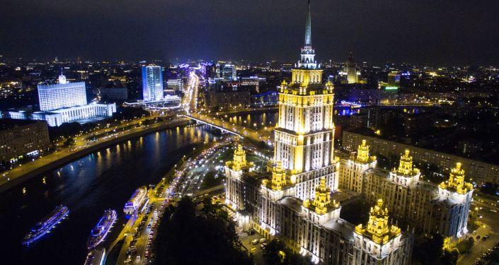 Espectaculares vistas de pájaro de las 'Siete Hermanas' de Moscú