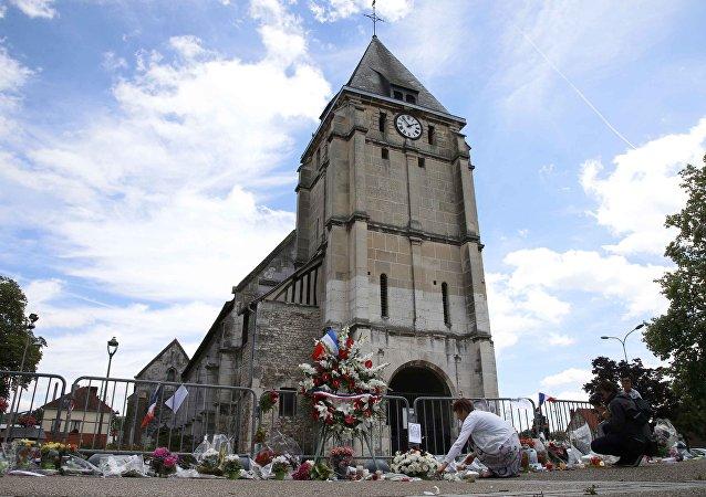 La iglesia atacada en Normandia