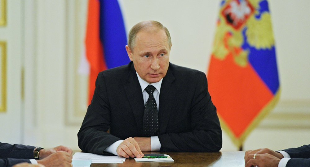Presidente ruso, Vladímir Putin, en la reunión con el Consejo de Seguridad nacional
