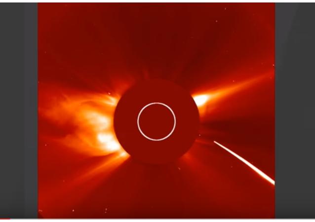 Star Wars: el Sol despedaza a cometa que lo ataca