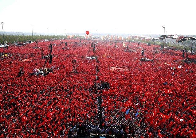 El mitin por la democracia en Turquía