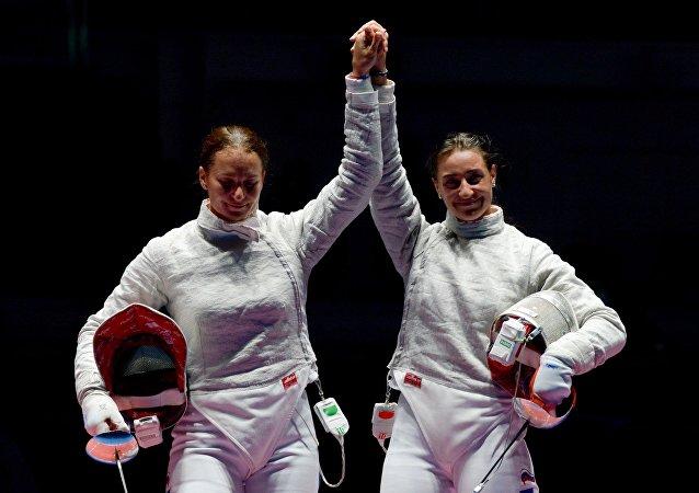 Sofia Velíkaya y Yana Egorián, sablistas rusas