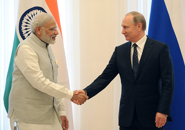 Primer ministro de la India, Narendra Modi, y presidente ruso, Vladímir Putin (archivo)