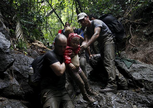 Migrantes cubanos en la frontera colombiana