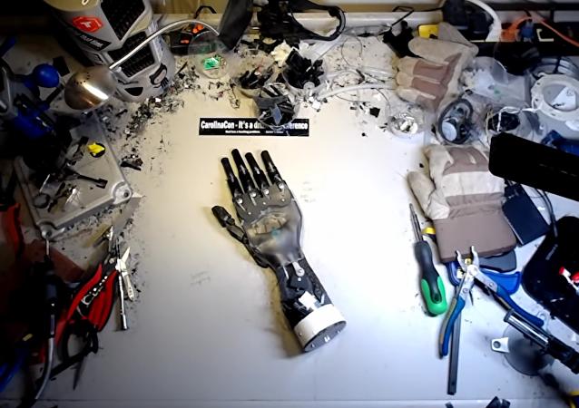 Mano robotizada Hedberg