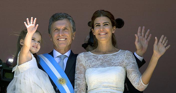Mauricio Macri con su esposa Juliana Awada y su hija Antonia