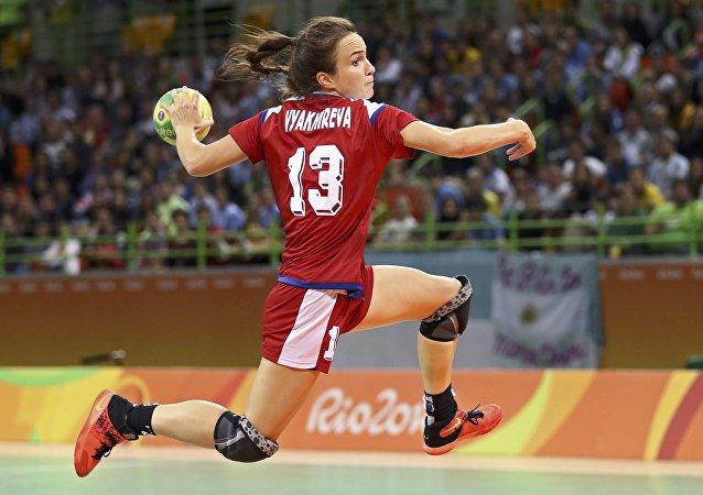 Anna Viájireva, deportista de la selección rusa de balonmano