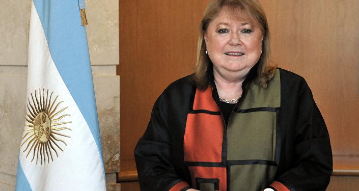 Guterres encabeza encuesta para secretario general de la ONU