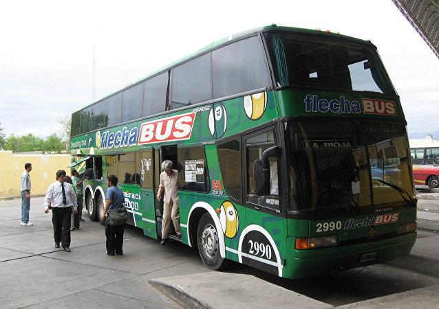 Bus de larga distancia argentino