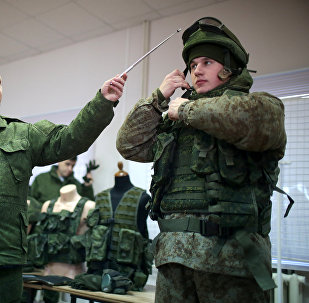 Equipamiento del 'soldado del futuro' Rátnik (archivo)