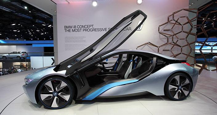 Un concepto de i8, un carro deportivo híbrido eléctrico de BMW