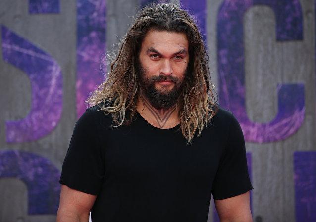 Jason Momoa, el actor que interpreta al jefe bárbaro Khal Drogo en la aclamada serie televisiva Juego de Tronos