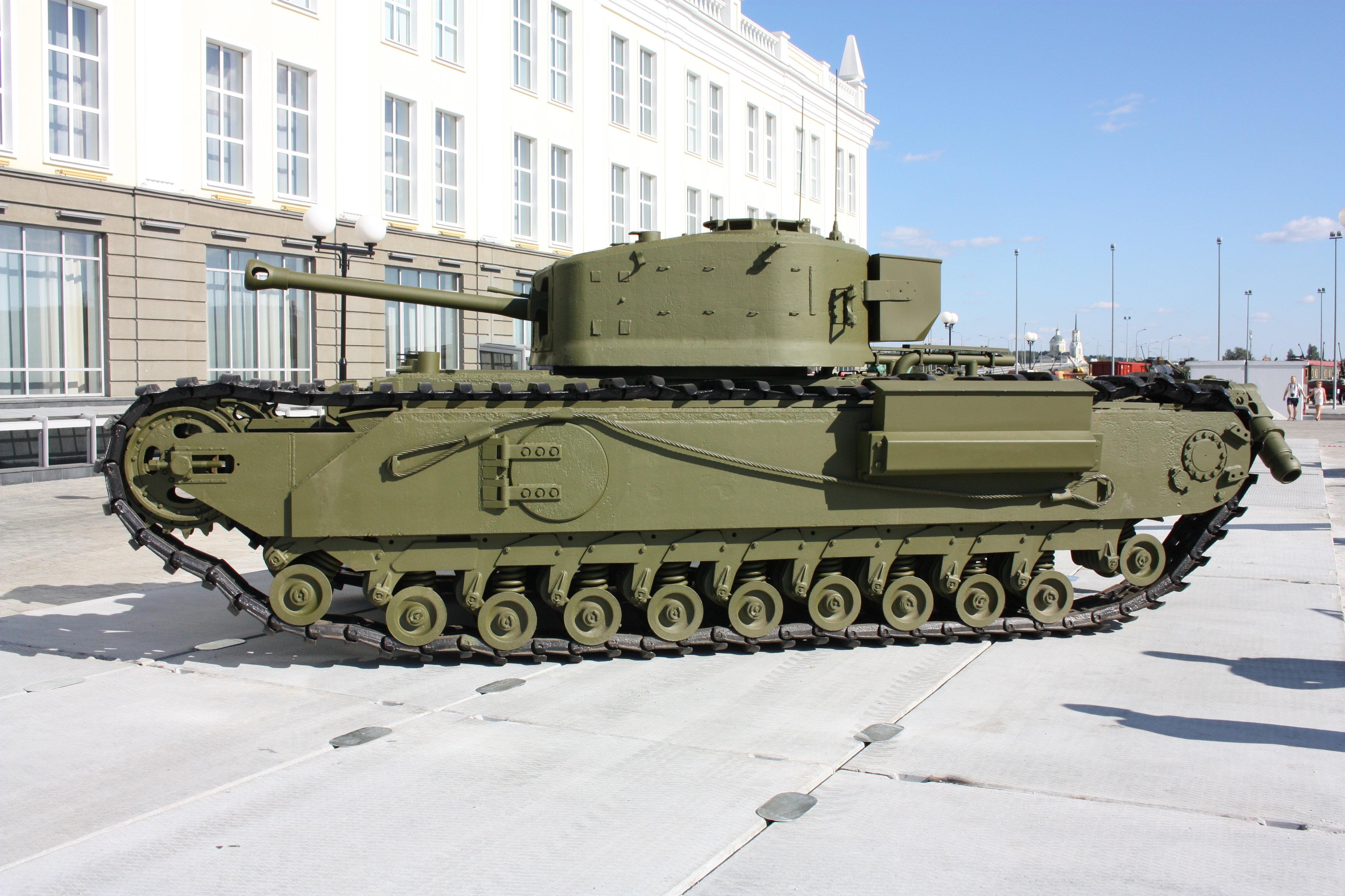 Los blindados entregados por Reino Unido a la URSS
