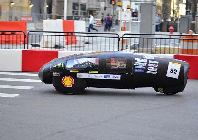 Estudiantes brasileños han desarrollado un prototipo de automóvil que puede superar los 300 km de distancia empleando únicamente un litro de etanol.