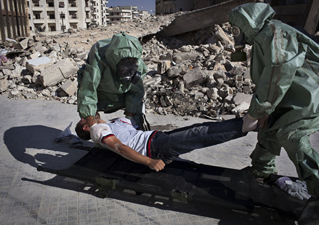 Voluntarios practican respuesta a un ataque químico, Alepo, Siria