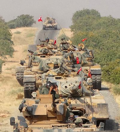 Militares turcos en la ciudad siria de Yarabulus
