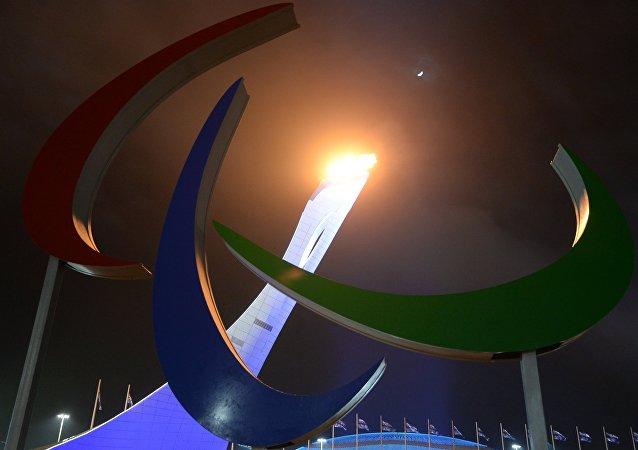Encienden el pebetero paralímpico en la ceremonia de inauguración de los JJOO Paralímpicos en Sochi, 2014 (archivo)