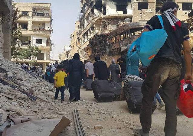 Evacuación de la población civil de la ciudad de Daraya