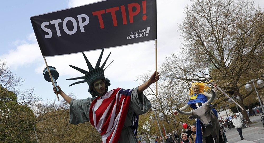 Una manifestación contra el TTIP en Alemania (archivo)
