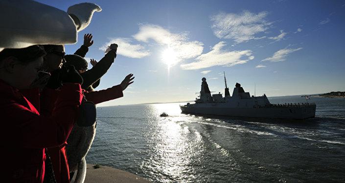 El destructor británico HMS Daring