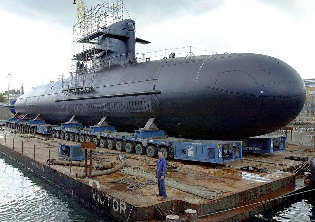 Un moderno submarino francés de la clase Scorpene durante la construcción (imagen referencial)