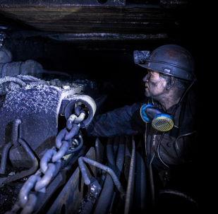 La difícil vida de los mineros de Donbás
