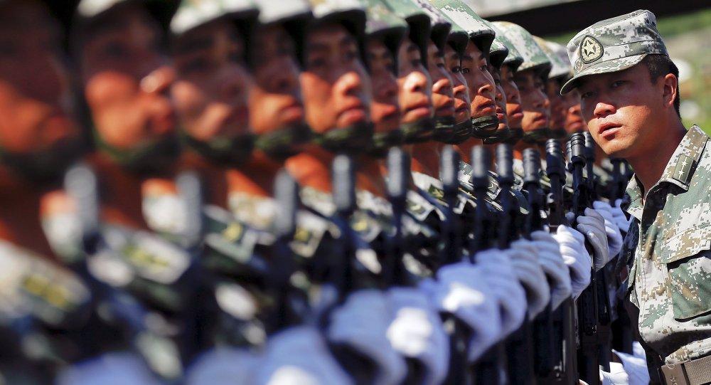 Militares del Ejército Popular de Liberación de China (archivo)