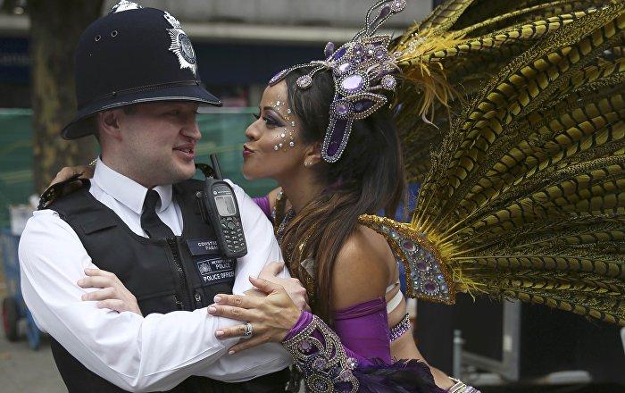 Londres se vuelca en su exuberante Carnaval de Notting Hill