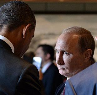 Presidente de Rusia, Vladímir Putin con su homólogo estadounidense, Barack Obama (archivo)