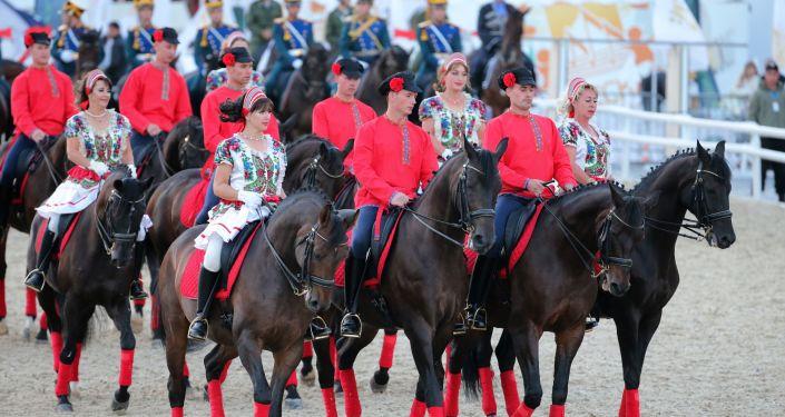 Los militares del Regimiento Presidencial de Rusia durante el festival Spasskaya Bashnia 2016 en la Plaza Roja de Moscú