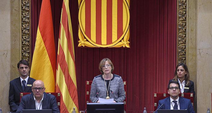 Carme Forcadell durante una sesión parlamentaria (archivo)