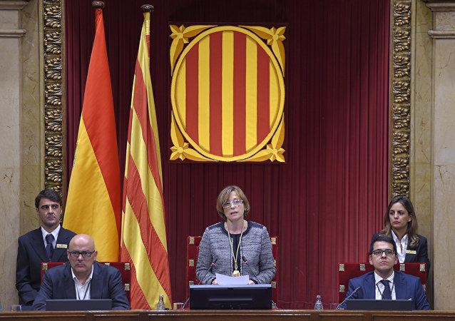 Carme Forcadell, presidenta del Parlamento de Cataluña, durante una sesión parlamentaria