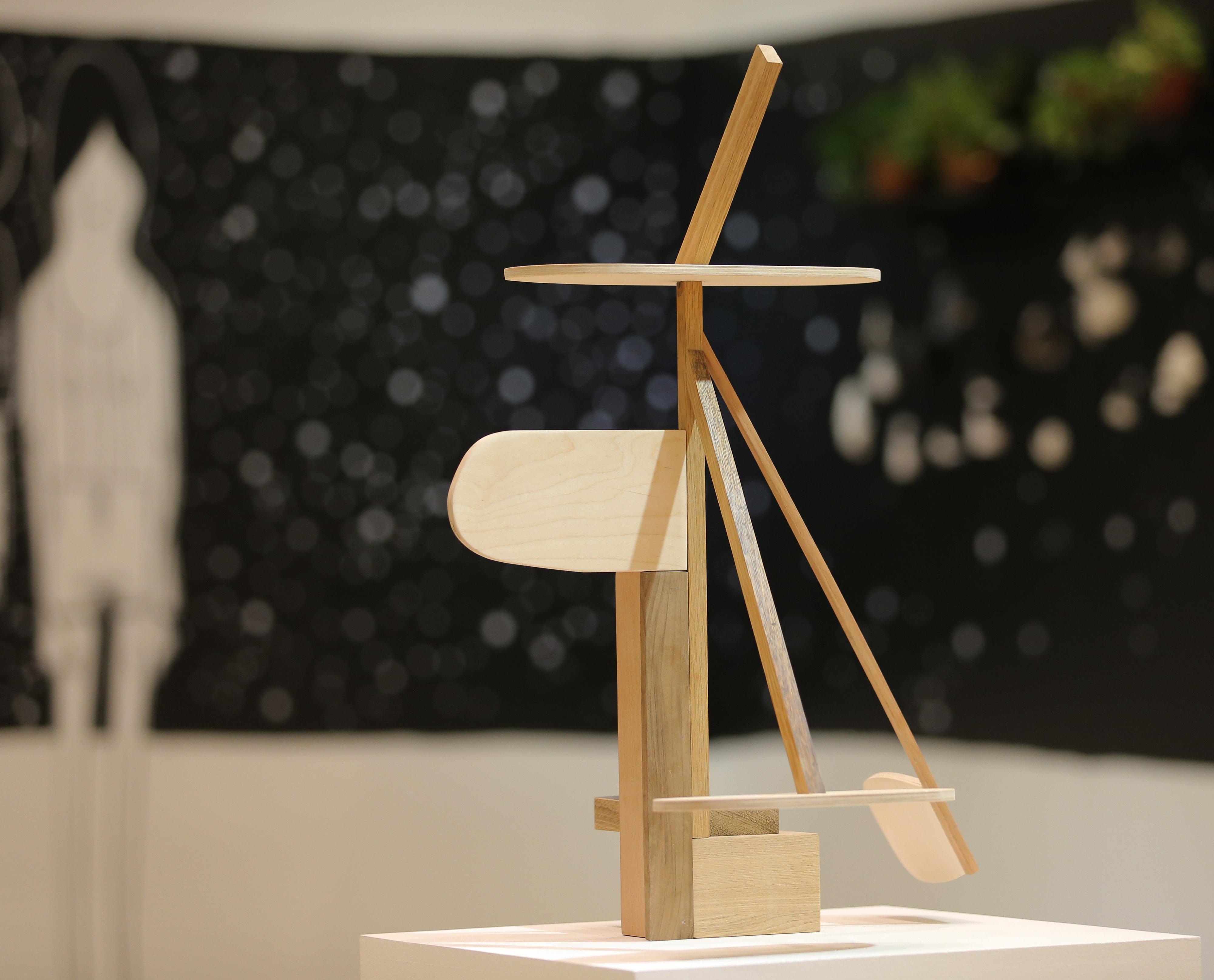 Entre los representantes latinoamericanos de la Bienal, se encuentra Pablo Benzo de Chile