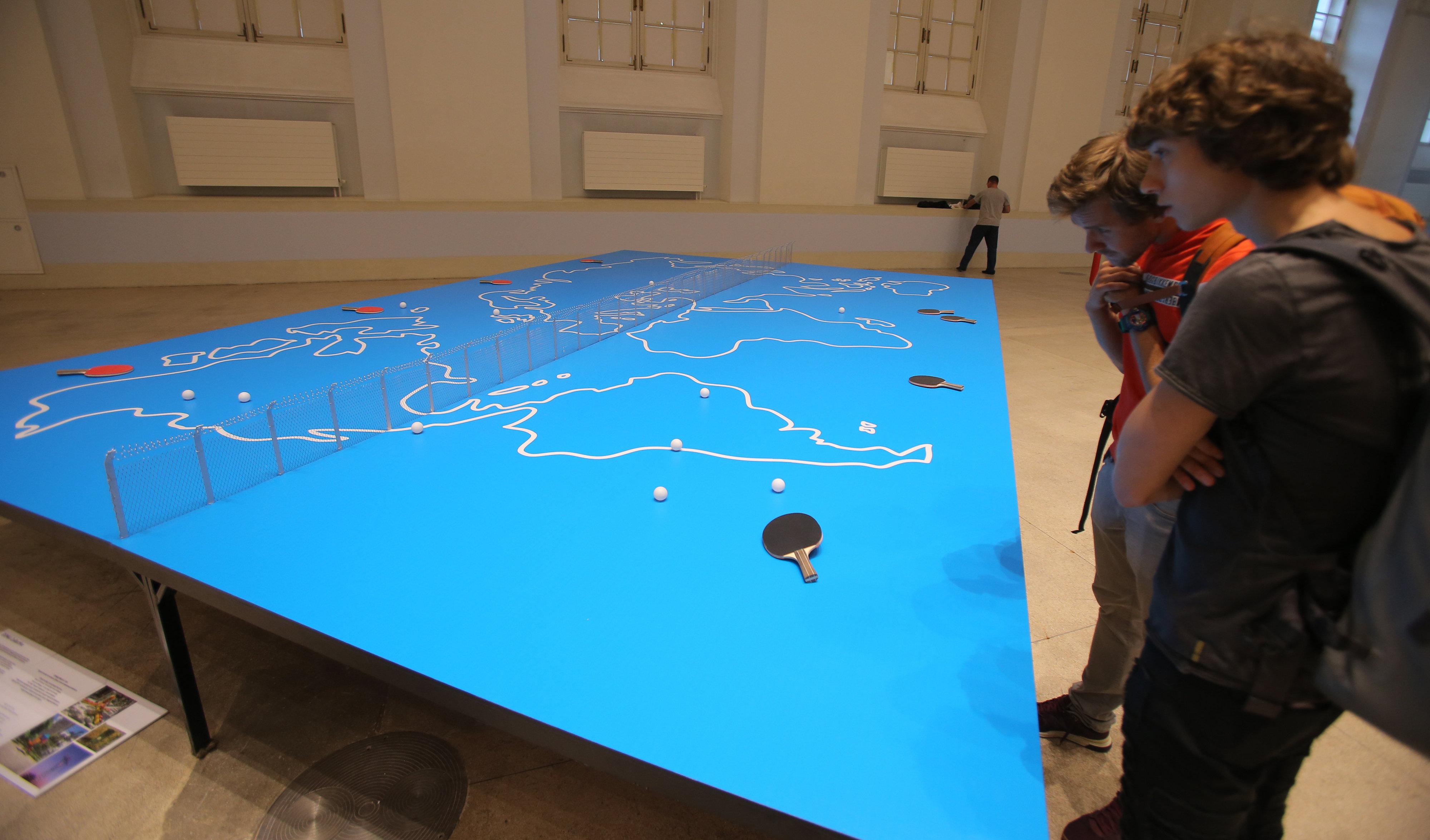Argentina también es representada en la Bienal, gracias a los artistas Orilo y Chu