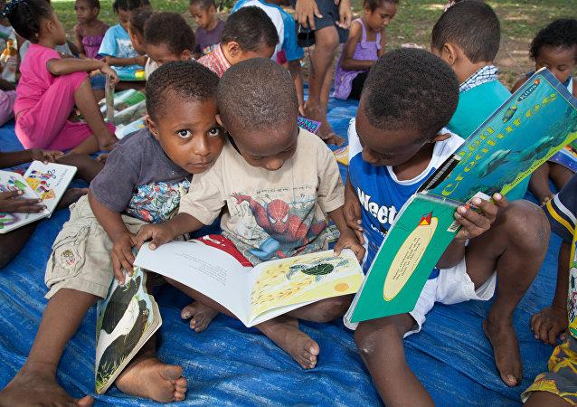 Niños de Papúa Nueva Guinea