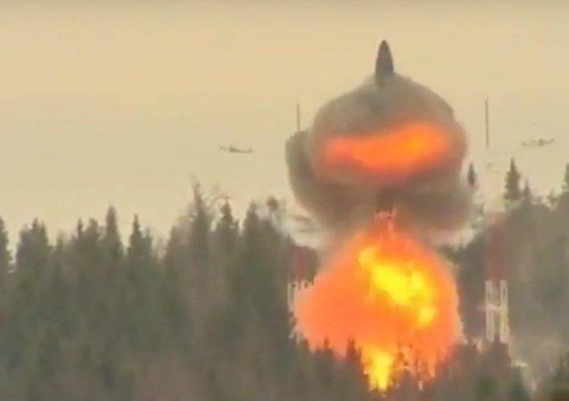 El misil balístico intercontinental ruso Topol-M