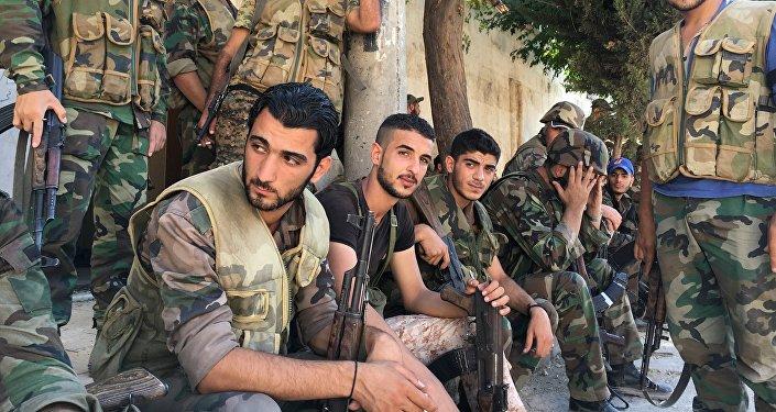 Los tropas del Ejército sirio en Alepo