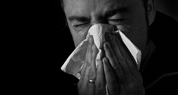 Un hombre resfriado