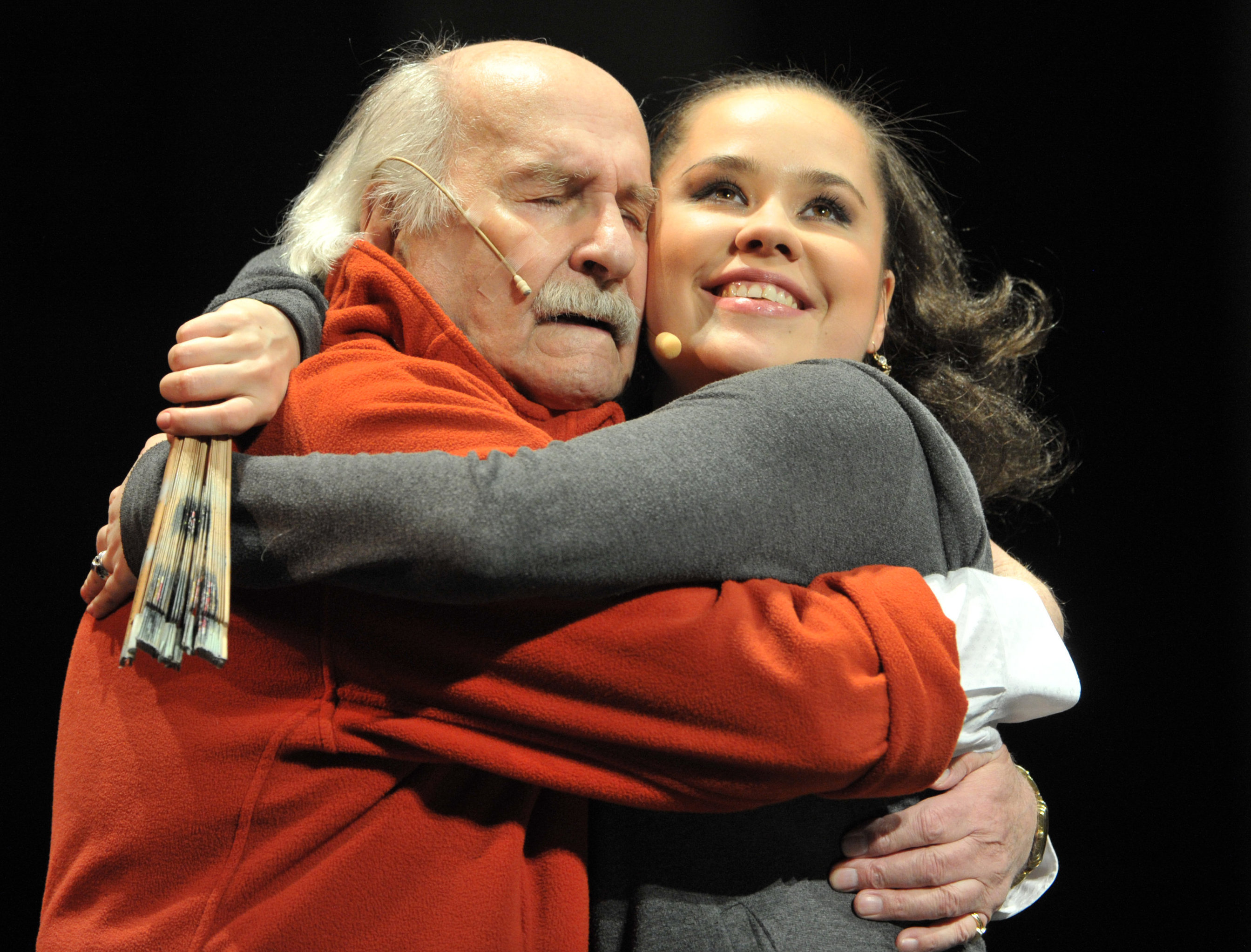 Vladímir Zeldin en el espectáculo biográfico Baile con el maestro
