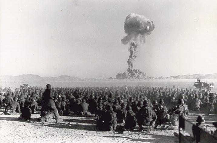 Prueba nuclear en noviembre de 1951 en el Emplazamiento de Pruebas de Nevada.