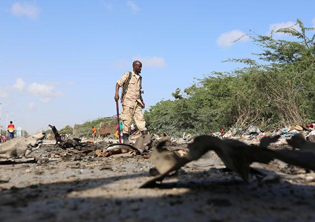 El lugar de la explosión en Mogadiscio, Somalia
