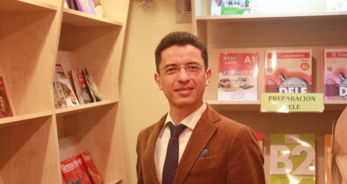"""Fernando Carrera, el fundador y director del Centro de lengua y cultura  española """"Adelante"""