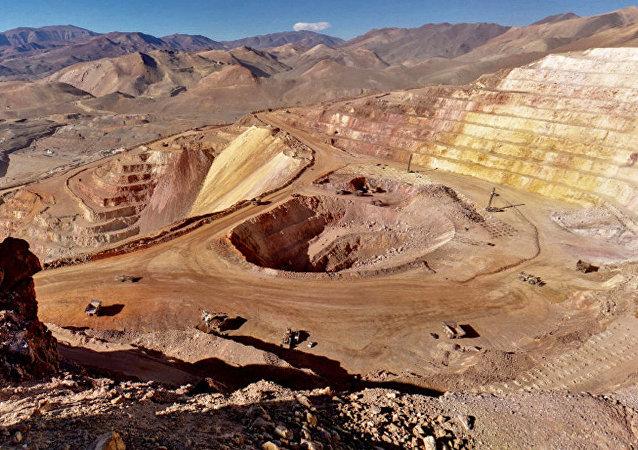 Mina de oro en la província San Juan, Argentina (archivo)
