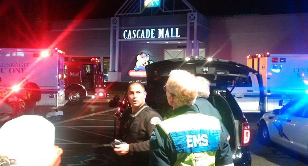 Tiroteo en el centro comercial em Burlington, EEUU