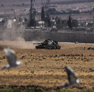 Un tanque turco vuelve de Siria (archivo)