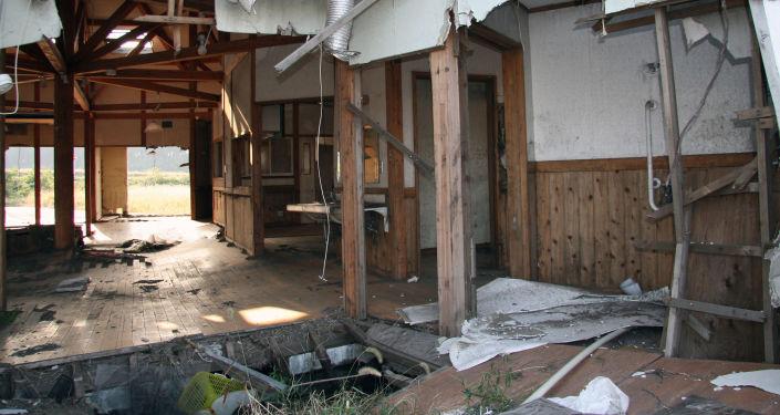 Una escuela abandonada en la prefectura de Fukushima