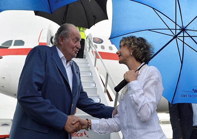 Juan Carlos I, rey emérito de España, en el aeropuerto de Cartagena en Colombia