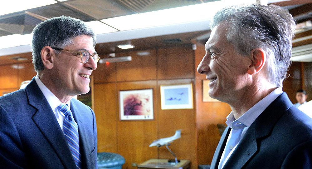 El presidente argentino, Mauricio Macri, y el secretario del Tesoro de EEUU, Jack Lew