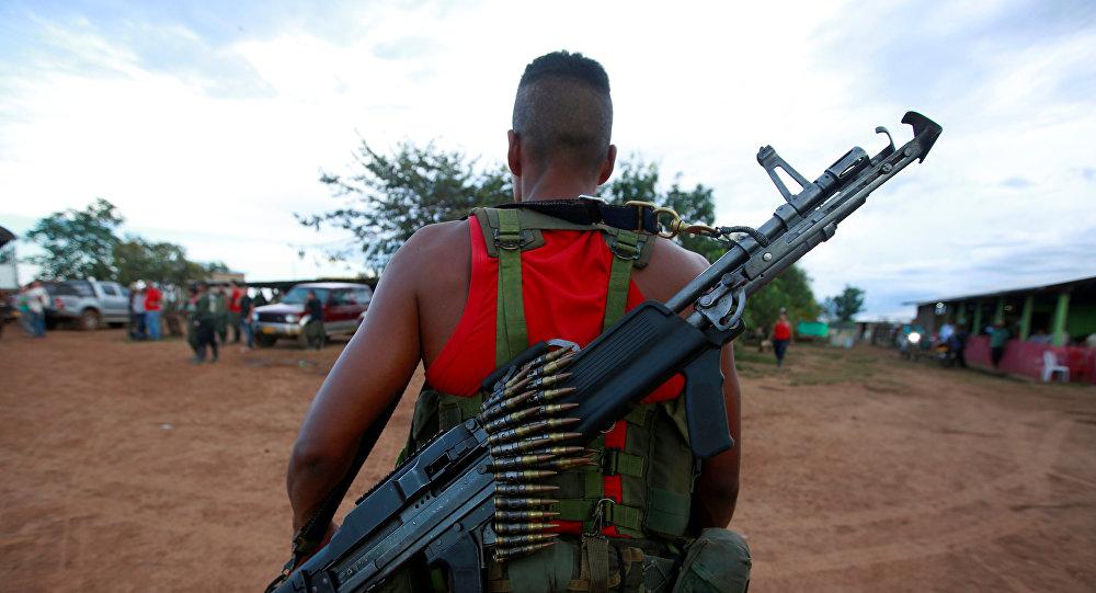 Un combatiente de las FARC