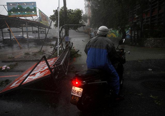 Tifón Megi en Taiwán